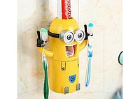 Автоматический дозатор для зубной пасты с держателем для щеток Minion, фото 1