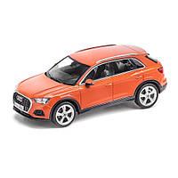 Масштабна модель Audi Q3, Pulse Orange, Scale 1:43, артикул 5011803632