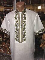 Чоловіча вишиванка з орнаментом дуба на короткий рукав