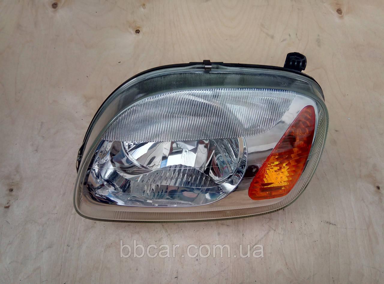 Фара Nissan Micra 2000-2002  р-в   Valeo   890005079 ( L )
