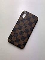 Чехол на Айфон Iphone 7/8/SE2020 коричневый с принтом бренда Louis Vuitton LV Луи Виттон