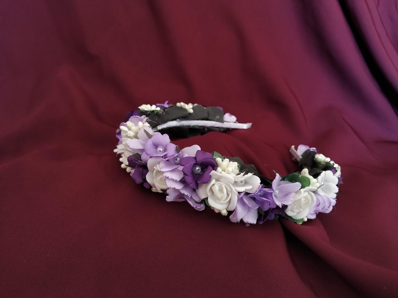 Венок из цветов на голову сиреневый с белым