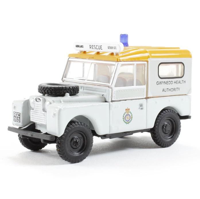 Модель автомобиля Land Rover Series 1 Gwynedd Health WT, Scale 1:76, White, артикул LBDC545WTA