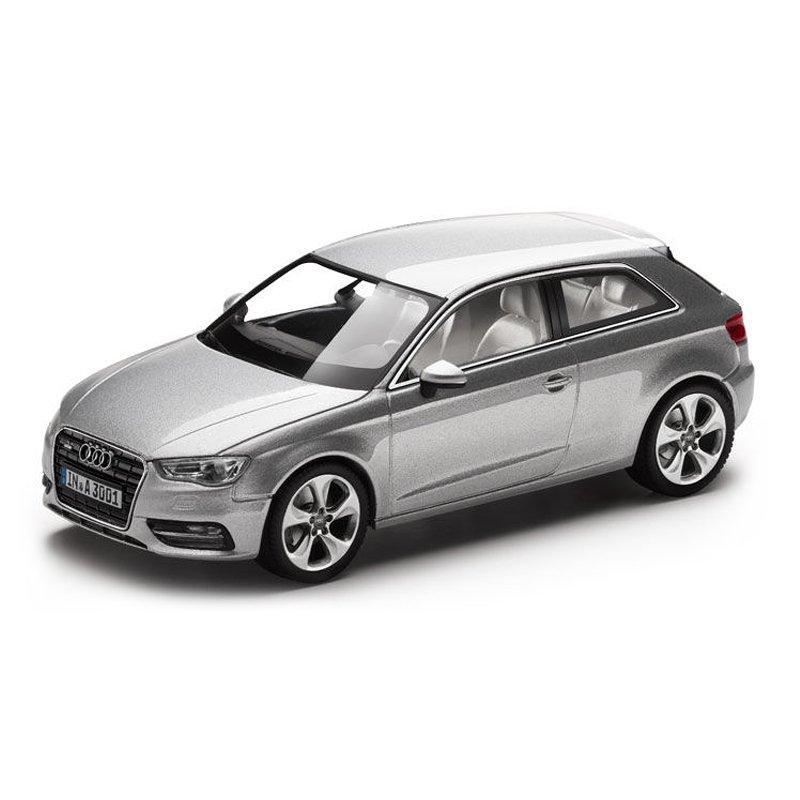 Модель Audi A3, Ice silver, 2013, Scale 1 43, артикул 5011203013