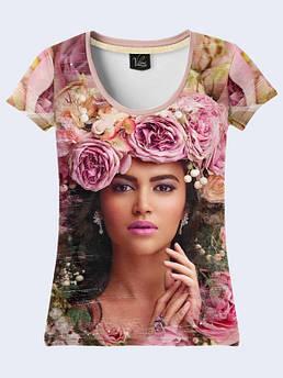 Женская футболка с принтом Девушка и пионы
