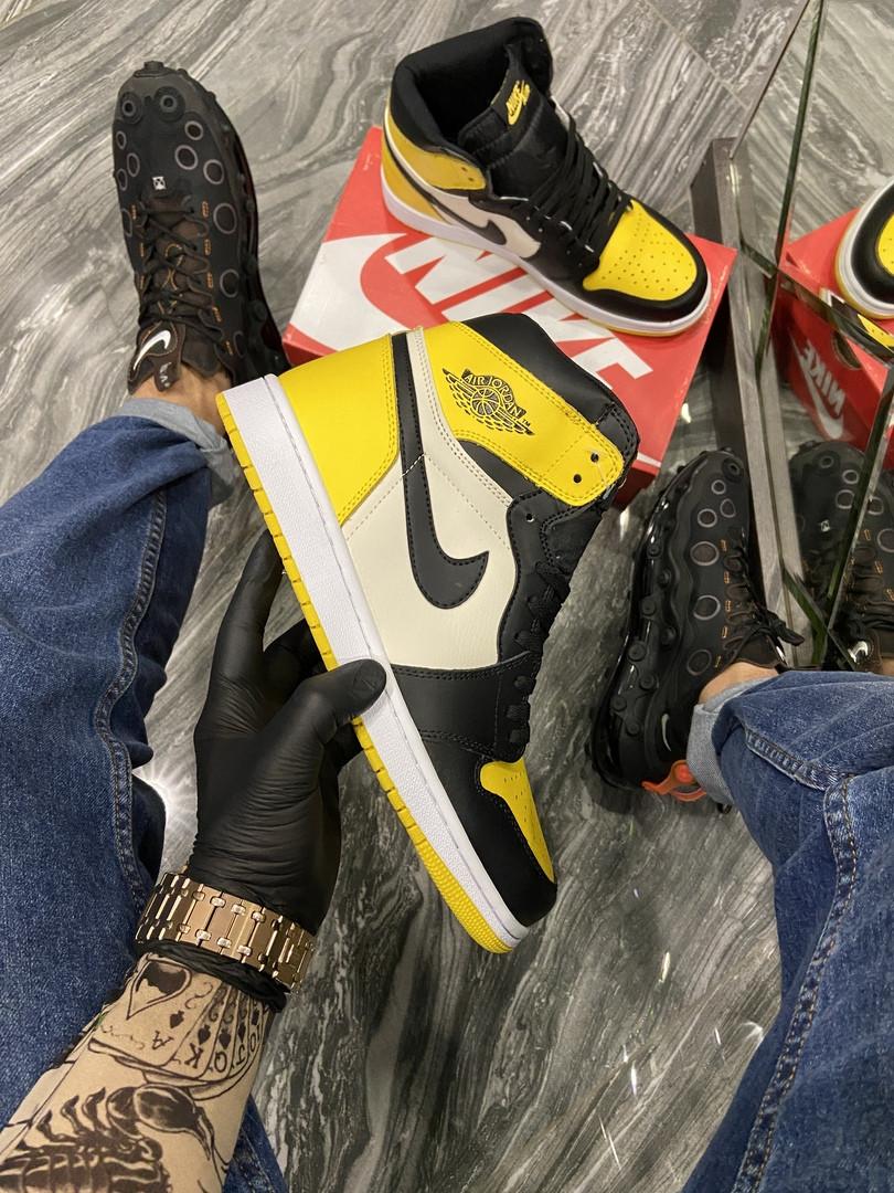Чоловічі кросівки Nike Air Jordan 1 Mid Yellow Black