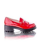 Туфли на платформе красные