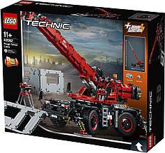 Конструктор LEGO Technic Подъёмный кран для пересечённой местности (42082)