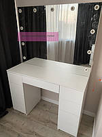 Стол для визажиста с подсветкой 1