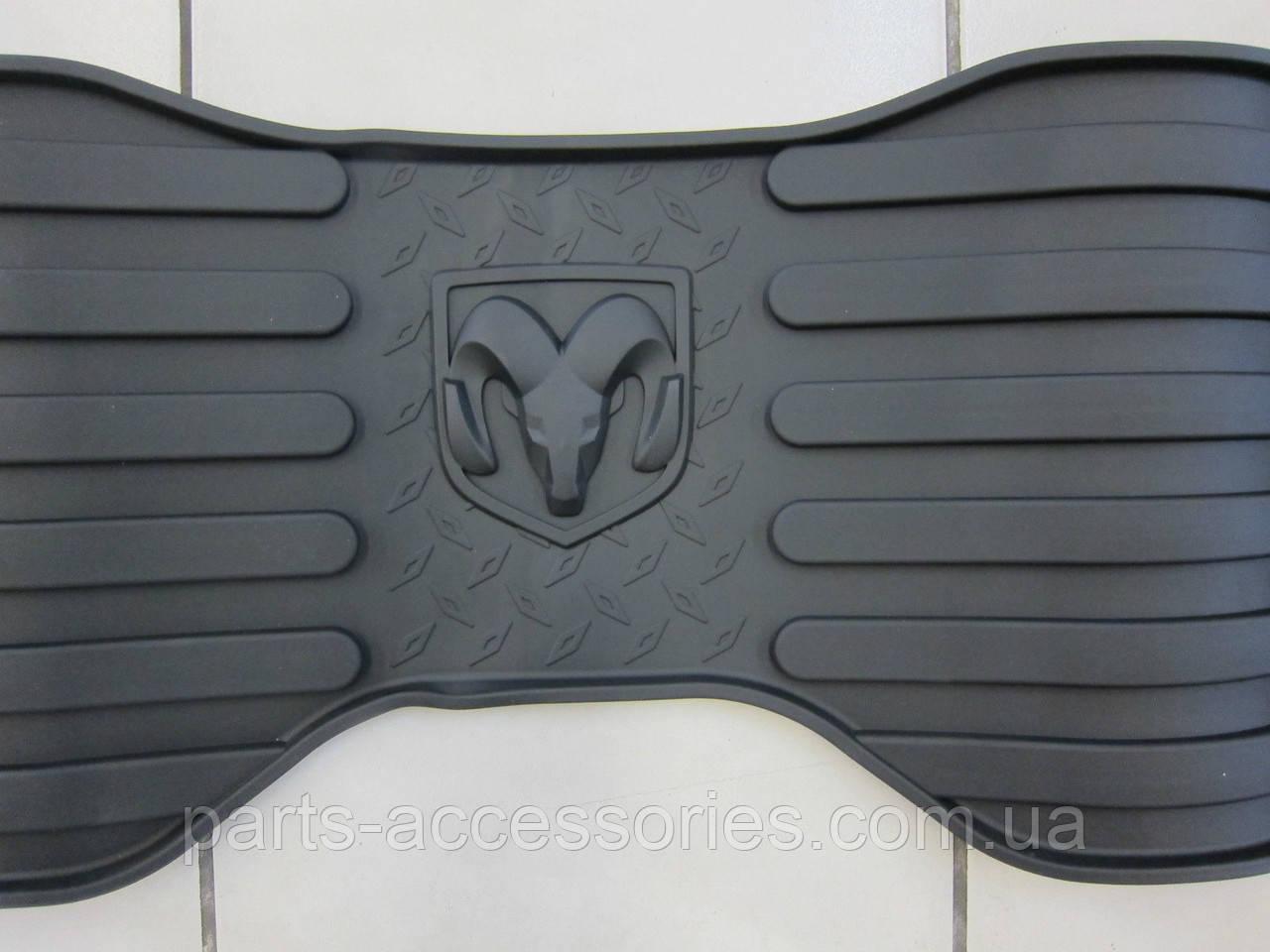 Dodge RAM 1500 2009-2012 коврики резиновые передние задние новые оригинальные