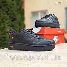 Чоловічі кросівки в стилі Nike Air Force 1 LV8 чорні з помаранчевим