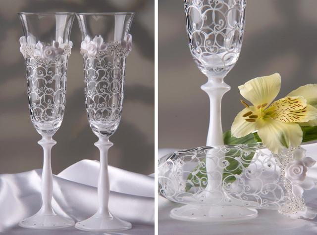 красивые нежные бокалы на свадьбу фото