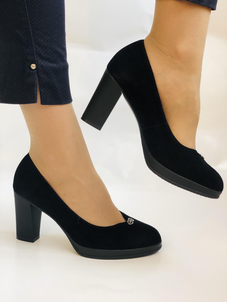 Жіночі модельні туфлі-човники високої якості.Polann. Натуральна замша. Супер комфорт. 35 39 40