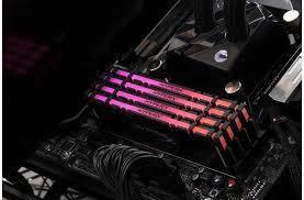 Оперативная память для ПК HyperX DDR4 3000 8GB XMP RGB (HX430C15PB3A/8), фото 2