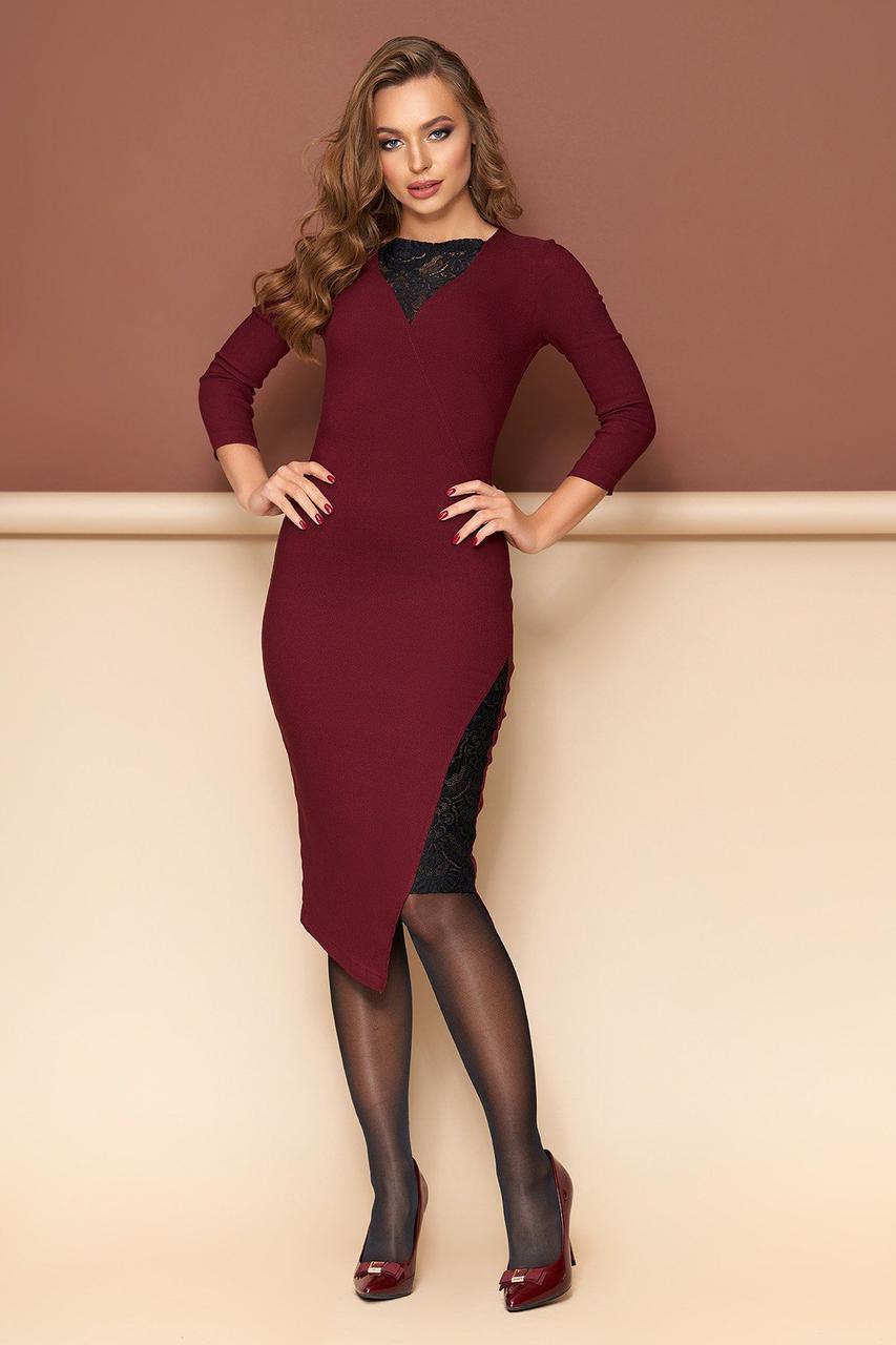 Бордовое нарядное платье облегающее с гипюром, S(44)