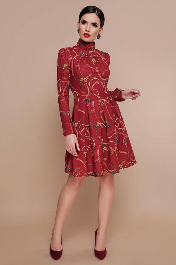 Бордовое приталенное платье с принтом, S(44), фото 2