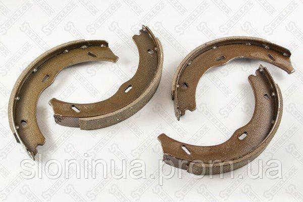 Колодки барабанные ручника   MB W639 Viano Vito 3 0 3 7i 2 0 3 0CDTi 03   000 476 SX   Stellox 82670