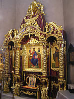 Горнее Место позолочено сусальным золотом,резьба ручной работы