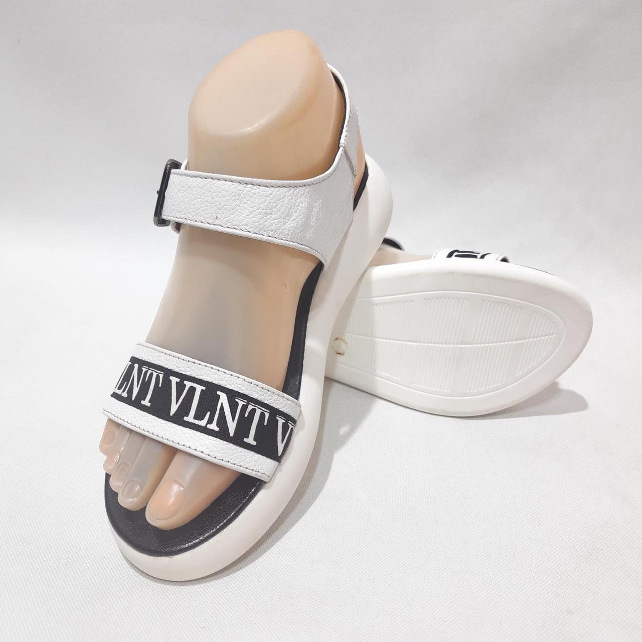 40 р Жіночі босоніжки, сандалі спортивні літні шкіряні Остання параБелые
