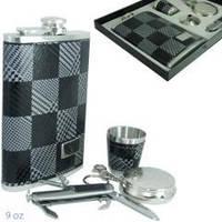 Набор с флягой в коже, карманной пепельницей, складным ножиком, стаканчиком и лейкой., 907410