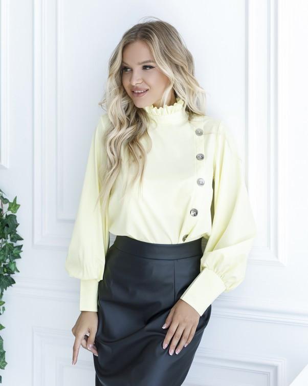 Желтая блуза с вставкой и рюшами