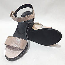 Босоніжки жіночі, сандалі шкіряні літні р. 40 Пудра остання пара