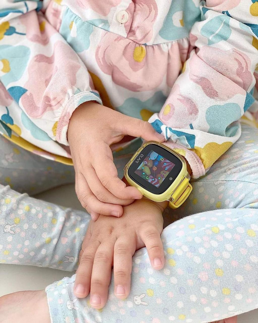 Дитячий годинник Elari Kidphone Fresh