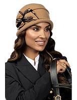Красива жіночий капелюшок біла Bera