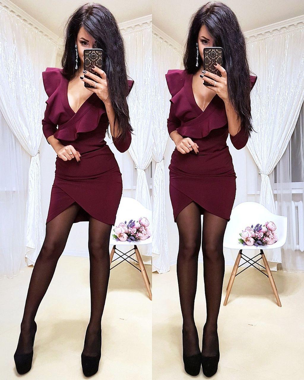 Платье мини обтягивающее юбка тюльпан и декольте