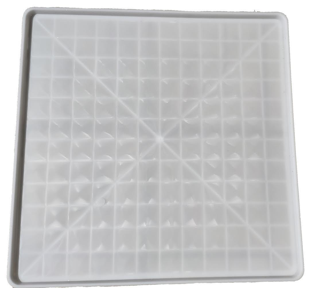 Поддон пластиковый Н-Т 68,5х68,5х2,2 белый