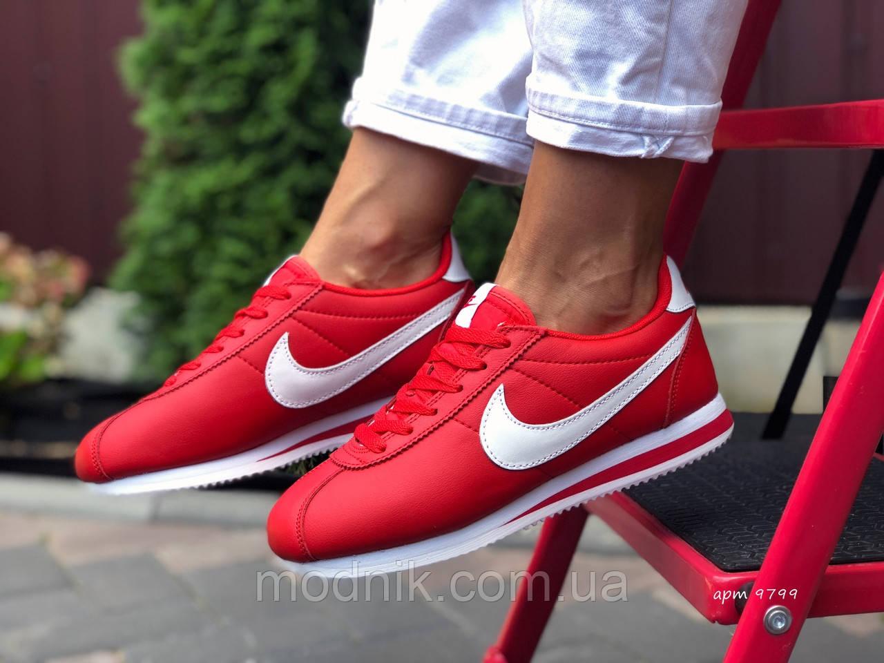 Женские кроссовки Nike Cortez (красные) 9799