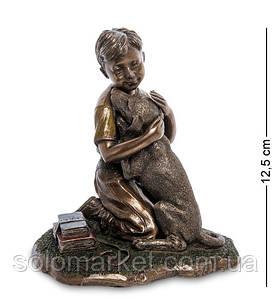 Статуэтка Veronese Мальчик с собакой 12,5 см 1906313