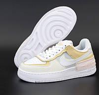 Женские кроссовки Nike Air Force 1 Shadow весна-осень низкие белые с бежевым. Живое фото. Реплика, фото 1