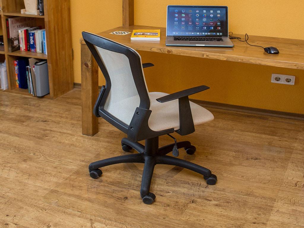 Ковер под кресло для защиты пола прозрачный 125х130см. Толщина 1,0мм