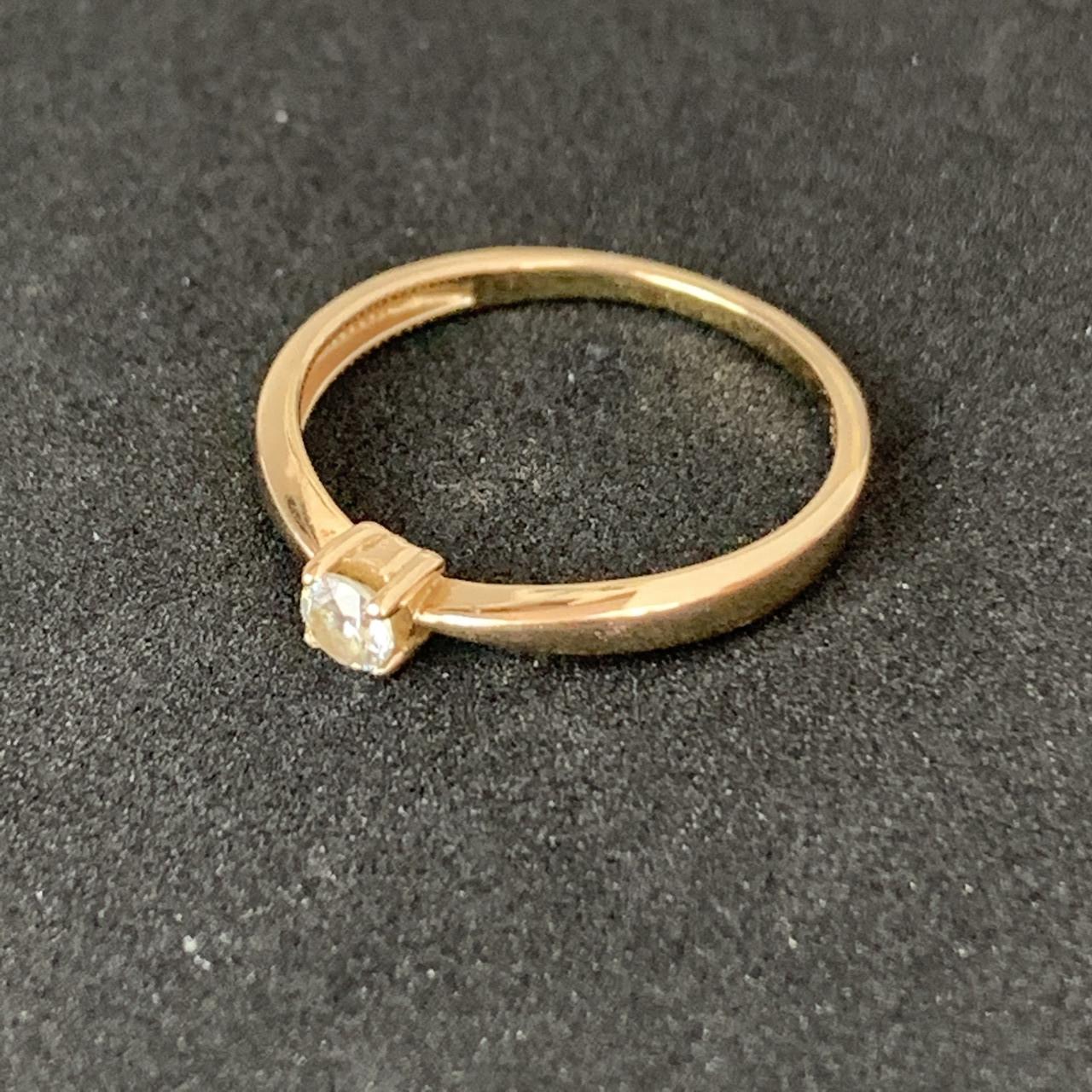 Золотое кольцо с фианитом 585 пробы, вес 1,86г. Б/у. Продажа по Украине