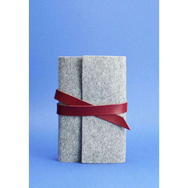 Фетровый женский блокнот (Софт-бук) 1.0 Фетр с кожаными бордовыми вставками