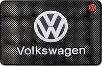 Противоскользящий коврик в машину Volkswagen (20х13 см)