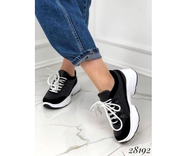 Кроссовки на массивной подошве  Nina_mi