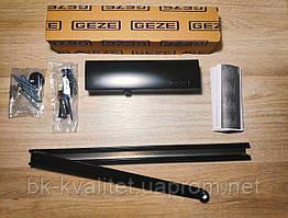 Доводчик GEZE TS 3000 V с шиной, цвет чёрный