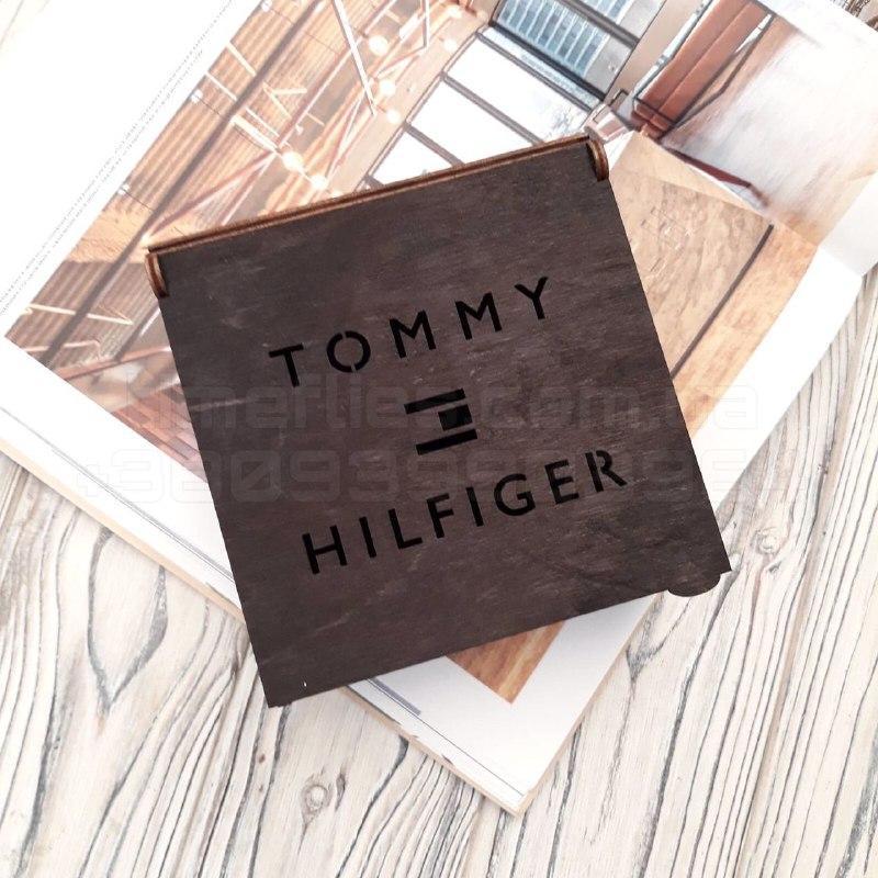 Деревянная коробка для ремня Tommy Hilfiger