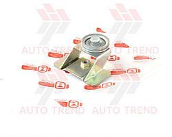 Ролик стеклоподъемника ВАЗ 2101-2107, 2121-21214 нижний с кронштейном