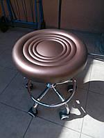 Стул для мастера маникюра, парикмахера, косметолога, лешмейкера мягкий коричневый кресло для мастера