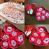 Подарочный набор из мыльного раствора в форме бутона розы (6 штук розочек)