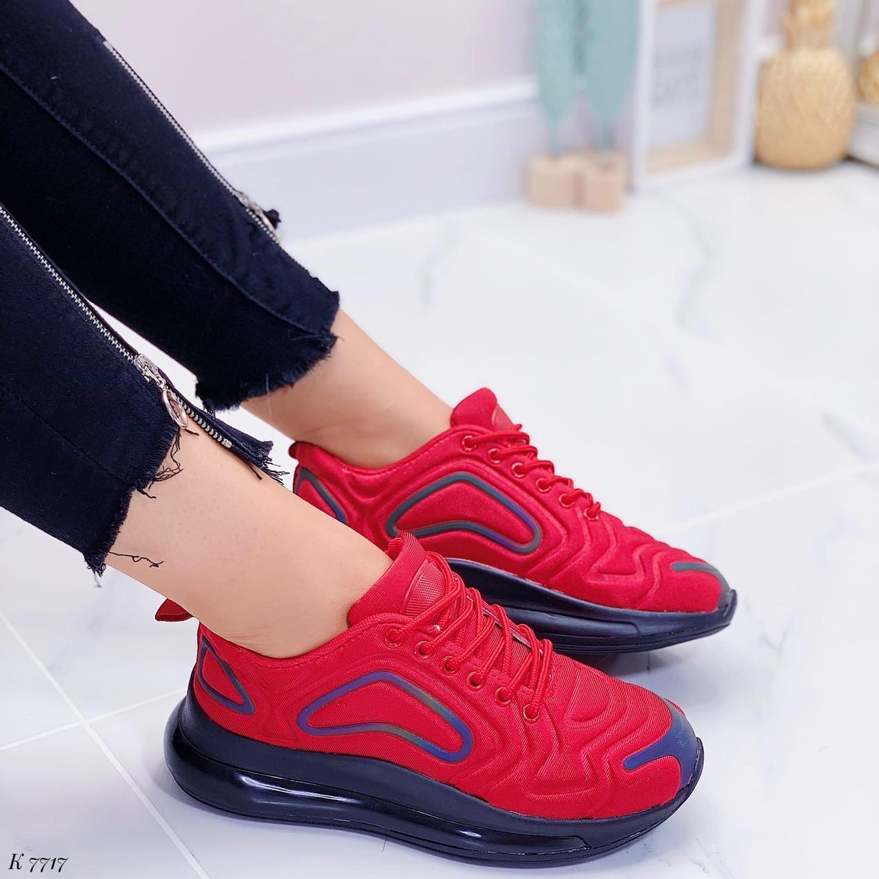 Женские кроссовки красные с черным на шнуровке текстиль