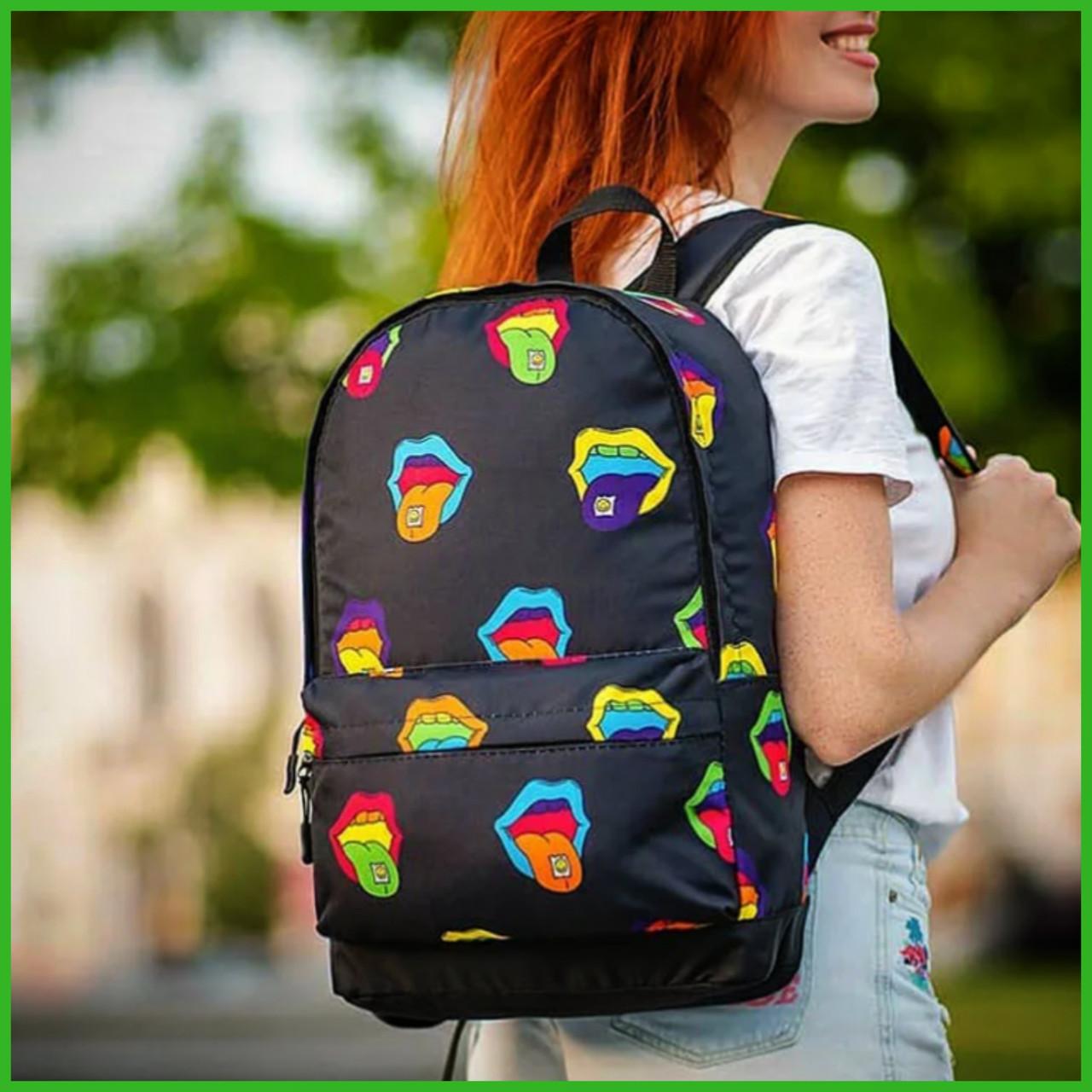 Крутий жіночий рюкзак з принтом Губи. Для навчання, подорожей, тренувань