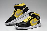 Баскетбольные кроссовки Nike Air Jordan 1 black-yellow