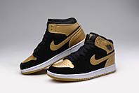 Баскетбольные кроссовки Nike Air Jordan 1 black-gold