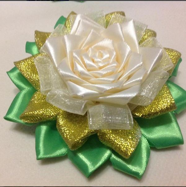 Магніт Біла Троянда з золотом