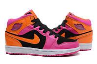 Женские баскетбольные кроссовки Nike Air Jordan 1 pink-orange