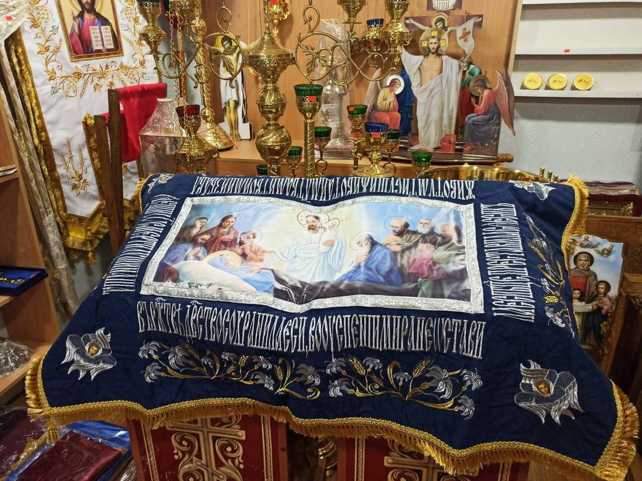 Плащаница Пресвятой Богородицы (с предстоящими) 125*85см
